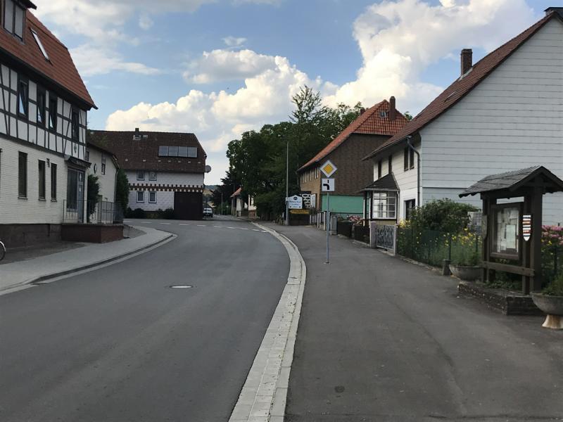 Ortsdurchfahrt Lüthorst, Luthardstrasse