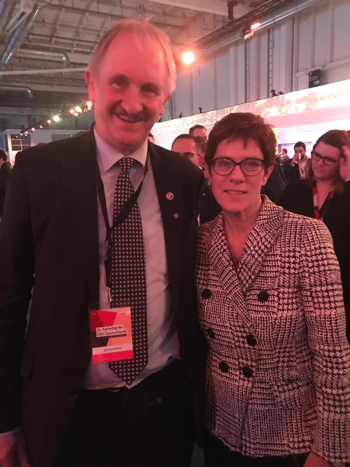 Joachim Stünkel und die neue CDU Vorsitzende Annegret Kramp-Karrenbauer